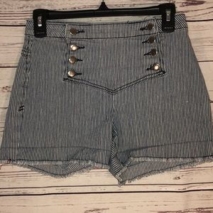 2.1 Denim Sailor Shorts Size 26